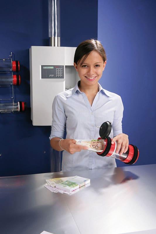 Établissements bancaires : sécuriser le transport d'argent avec les systèmes pneumatiques Aerocom