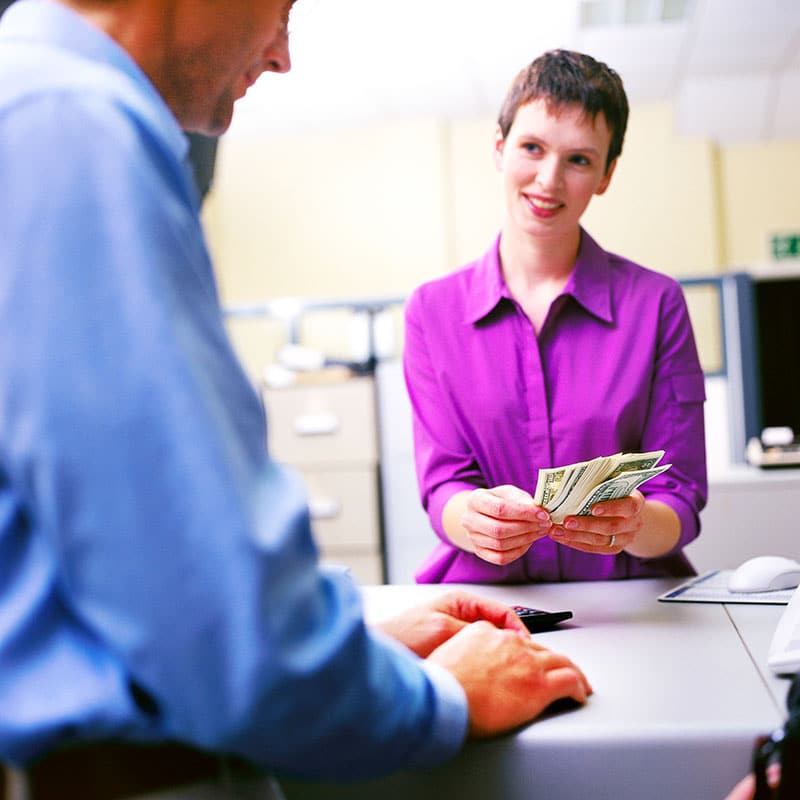Transfert de fonds : Sécurisez votre personnel et vos clients avec les solutions pneumatiques Aerocom